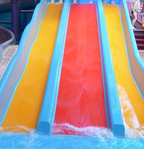 water-slide-123186_640